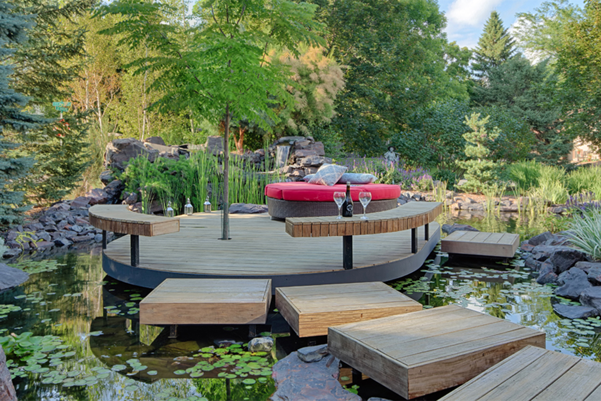 Water feature with cozy gathering space